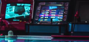 7 Uusimmat ja arvokkaimmat Slot pelit jotka tulivat vuonna 2019 Jinxy Match 3 300x142 - 7 Tuoreinta ja parhaiten arvosteltua kolikkopeliä vuonna 2019