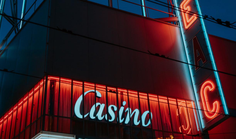 Esitetyt postikuvat 5 Säännölliset kolikkotapahtumat jotka sinun pitäisi ehdottomasti osallistua Las Vegas Fiesta Hendersonin slot turnauksiin - 5 Ehdottomasti käymisen arvoista kolikkopelitapahtumaa Las Vegasissa