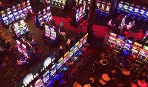 Esitetyt PostImages 5 Säännölliset kolikkotapahtumat jotka sinun pitäisi ehdottomasti osallistua Las Vegas Gold Coastin Casino Slot turnauksiin 300x176 - 5 Säännölliset kolikkotapahtumat, jotka sinun pitäisi ehdottomasti osallistua Las Vegas-Gold Coastin Casino Slot -turnauksiin